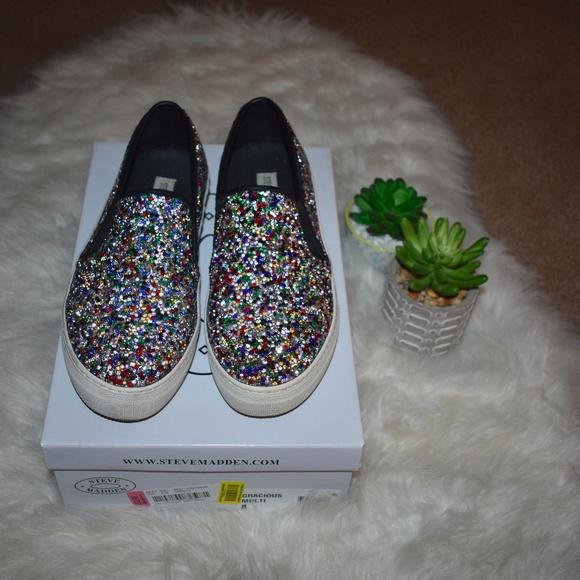 55f7d33c700 Steve Madden  Gracious Multi  Sneakers. M 5b5557ea4ab63379ac5395a1
